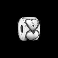 Klips Serca na 20-lecie Pandora Moments B82009EN