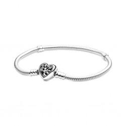 Bransoletka Pandora Moments o splocie wężykowym, z zapięciem w kształcie serca z drzewem rodzinnym Pandora 598827C01