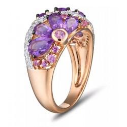 Złoty pierścionek szafirowa łąka, złoto 585 rose gold, 68x diament, 18x szafir, 8x ametyst